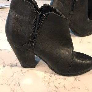 Rampage Shoes - Rampage Black Heeled Booties Size 9.5